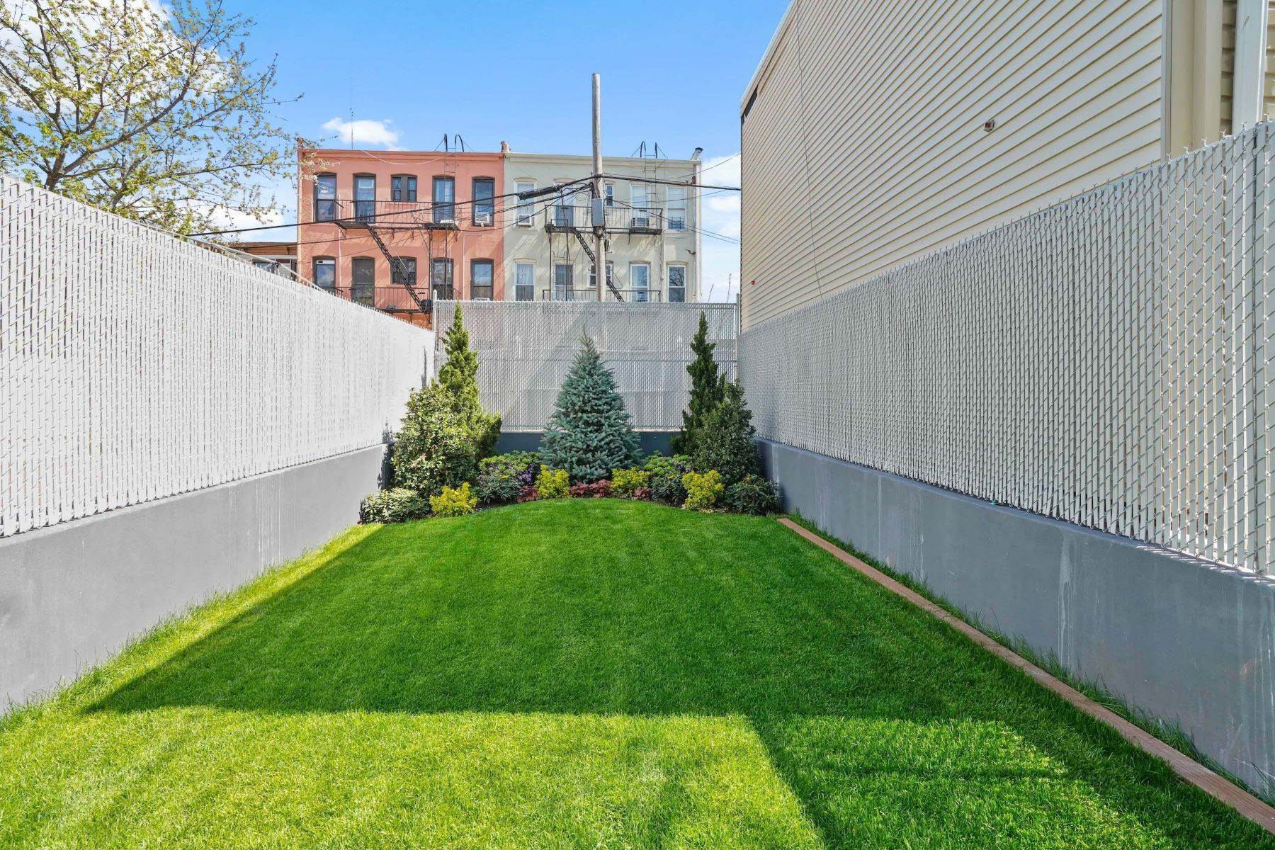 2. Condominiums for Sale at Linden Street Condominiums 400 Linden Street #Garden 400 Linden Street #Garden Brooklyn, New York 11237 United States